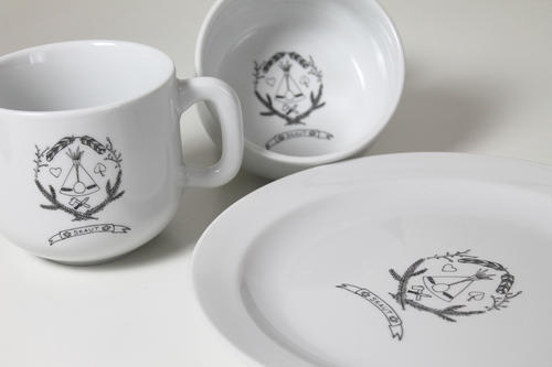 Porcelánový hrnek buclák půllitr - 2