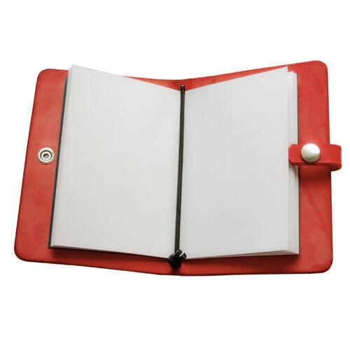 Zápisník v kožených deskách červený - 3